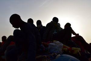 В Средиземном море спасли 1650 беженцев