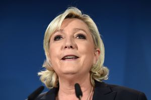 Ле Пен прошла во второй тур парламентских выборов во Франции