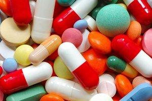 """В Киеве в частных аптеках будут продавать таблетки по программе """"Доступные лекарства"""""""