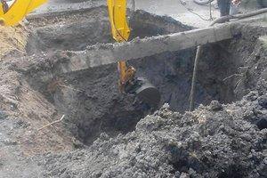 В Одессе из-за прорыва трубы около 200 домов остались без воды
