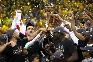 """""""Голден Стейт"""" в пятый раз стал чемпионом НБА"""
