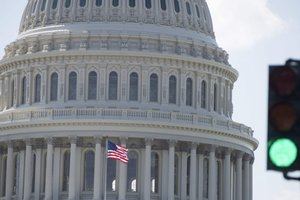 """Сенат США договорился о """"превентивном ударе"""" по России"""
