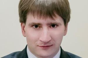 Главу аппарата КГГА Владимира Бондаренко отстранили от должности из-за подозрений в поддельности диплома
