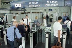 Безвизовый режим работает системно, осложнений пересечения границы нет – МИД Украины