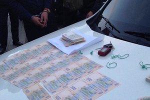 В Киеве полицейского поймали на взятке в 285 тысяч гривен