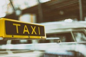 В Одессе таксист ножом ранил пассажира