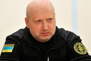 Россия наращивает военное присутствие на границе с Украиной – Турчинов