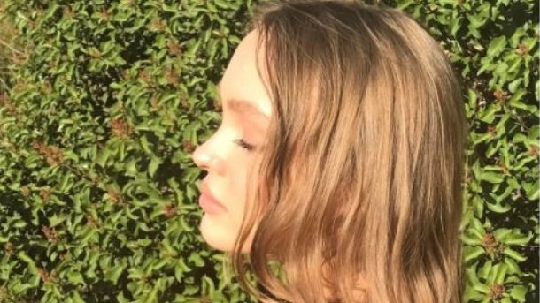 18-летняя дочь Джонни Деппа показала, как загорает топлес ... джонни депп сегодня