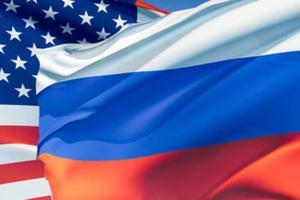 США с опозданием поздравили с Днем России