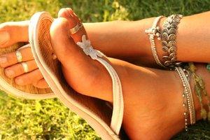 Как ухаживать за ногами каждый день