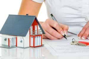 Украинцам приходят платежки за недвижимость: какие штрафы грозят, кому, за что и сколько придется заплатить