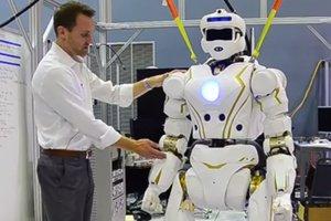 NASA показало испытания марсианского робота-гуманоида