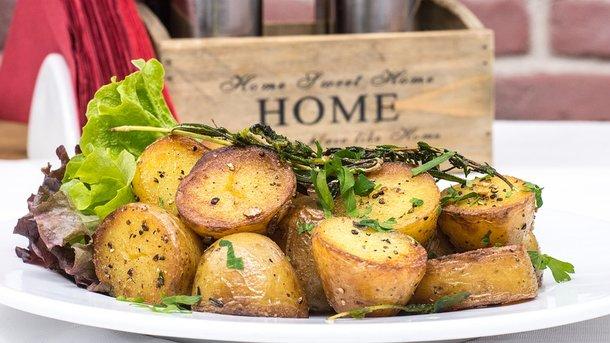 Ученые назвали главную опасность употребления жареного картофеля
