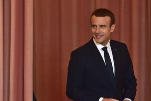 """На парламентских выборах во Франции побеждают """"макронисты"""" - СМИ"""