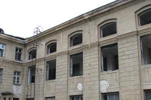 Пожар и взрывы в Одессе: все подробности ЧП в здании для штаба ВМС