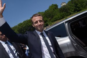 Партия Макрона уверенно побеждает во втором туре выборов в Национальное собрание Франции - экзит-пол