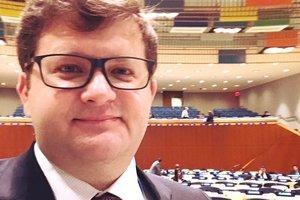 Арьев предложил изменить формат операции на Донбассе