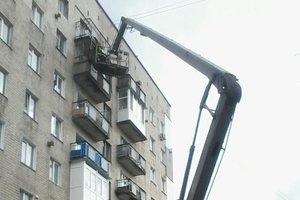 В Хмельницком обвалился балкон жилого дома