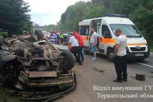 ДТП в Тернопольской области: пятеро детей попали в больницу