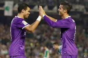 """В """"Реале"""" считают, что покинуть команду Роналду подговаривает бывший одноклубник"""