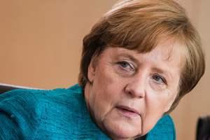 Меркель прокомментировала начало переговоров по Brexit