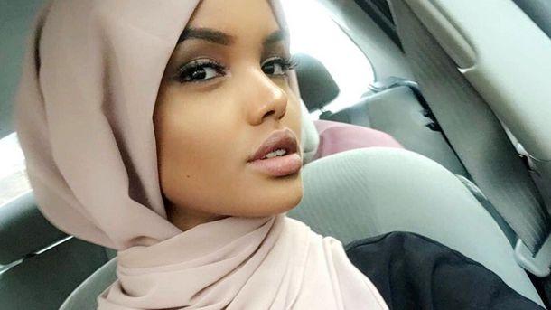 19-летняя модель в хиджабе порадовала нежными фото в Instagram