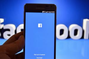 Украинцы массово осваивают Facebook