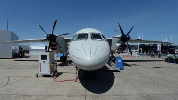 Во Франции на крупнейшем авиашоу мира в небо поднялся украинский Ан-132D