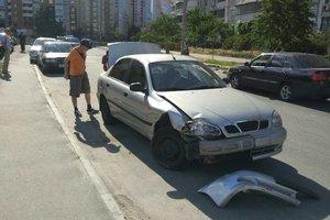 У Києві п'яний лихач протаранив два автомобілі