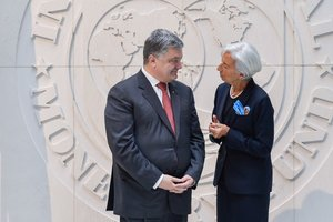 Порошенко на встрече с Лагард обсуждал реформы и экономический рост