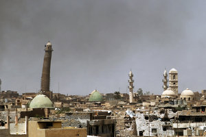 Боевики ИГИЛ взорвали одну из исторических мечетей Ирака
