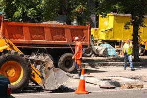 Киев стоит в огромных пробках из-за ремонта дорог