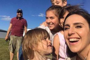 Джамала заинтриговала фото в окружении детей