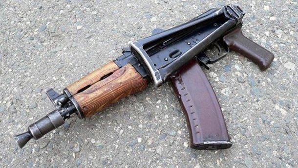 Под Ужгородом пограничник-срочник выстрелил себе вголову изАК-74