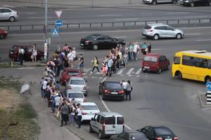 Почему городские власти не заботятся о порядке, красоте и удобстве в Киеве?