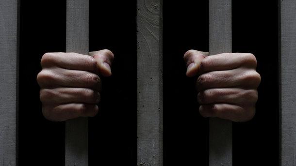 Луценко снова готовит повышение зарплат прокурорам