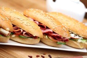 Как быстро приготовить вкусные сэндвичи с ветчиной