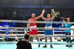 Украинец Виктор Выхрист стал чемпионом Европы по боксу
