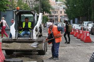 В Киеве ограничат движение на двух улицах из-за ремонта