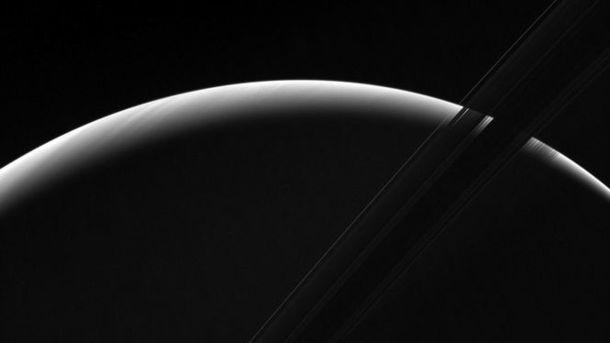NASA опубликовало кадры заката наСатурне