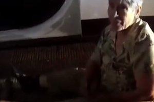 Американские копы спустили колеса пенсионерке, которая пыталась от них сбежать