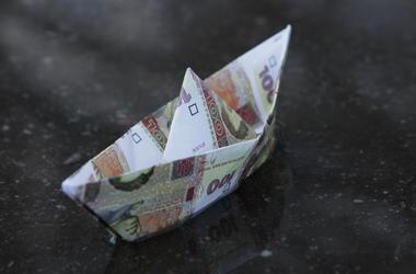 Гривня за полгода укрепилась к доллару - НБУ