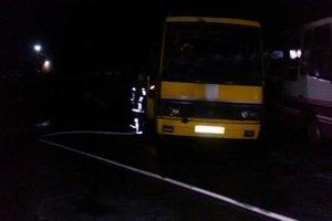 Под Киевом ночью сгорел пассажирский автобус