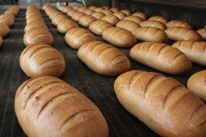 В столичном супермаркете продавали хлеб с червями