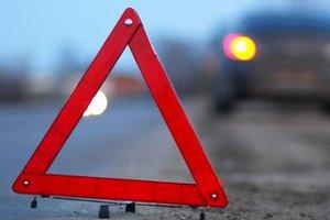 ДТП на пешеходном переходе в Одессе: водитель сбил девушку и скрылся