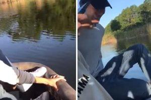 Воздушный шар с людьми упал в пруд с аллигаторами