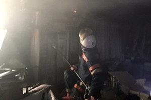 В Киеве из-за кондиционера сгорела швейная мастерская