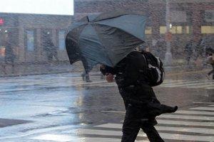 На Мариуполь обрушился шторм