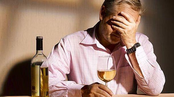 Хуже русских. Bloomberg объявил, что европейцы пьют практически досмерти