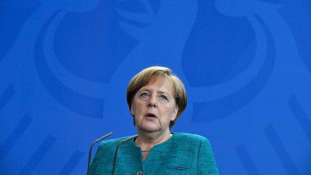 Стали известны результаты встречи В.Путина , Макрона иМеркель— Договорились поУкраине